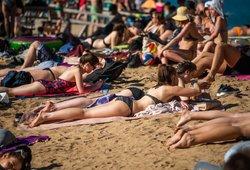 Kokiems darbuotojams priklauso ilgiausios atostogos? Ilginti siūlo ir visiems kitiems