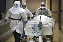 Įspėja dėl naujos koronaviruso atmainos: plinta itin sparčiai, gali koreguoti karantino atlaisvinimą