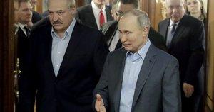 A. Lukašenka ir V. Putinas (nuotr. stop kadras)