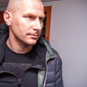 Teismas nepasigailėjo – pratęsė Kauno policininko Karaluko suėmimą