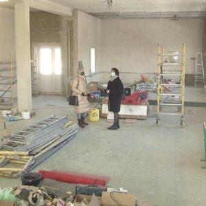 Panevėžio moterų kalėjime remontuojant patalpas – netikėtas radinys ant sienos