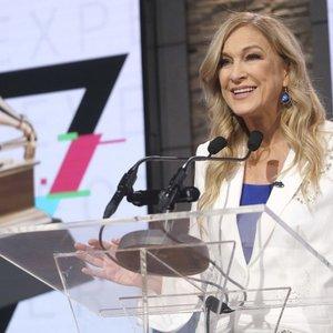 """Apie priekabiavimą prabilusi """"Grammy"""" vadovė tokio atsako nesitikėjo: viešai pasipiktino"""