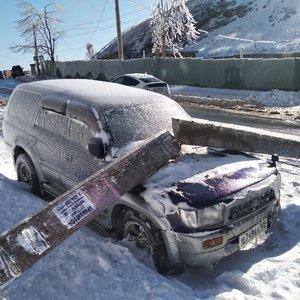 """""""Ledo lietus"""" Rusijoje: žmonės priversti šildyti lauko virtuvėse, liko be elektros, vandens ir šildymo"""