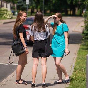 Abiturientai per savaitę laiko net tris svarbius egzaminus: yra gera ir bloga žinia