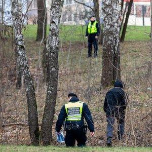 Vieta, kur pranešta apie pagrobtą mergaitę: dabar ten dirba pareigūnai