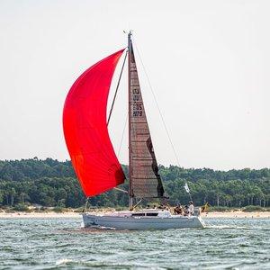 """Antrajame """"Kuršių marių regatos"""" etape permainingas vėjas daliai dalyvių sutrukdė pasiekti finišo liniją"""