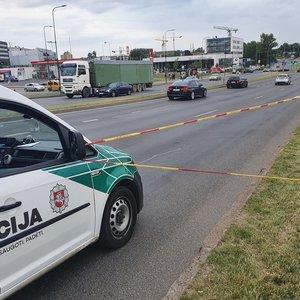 Nelaimė sostinėje – paspirtuko vairuotojas partrenkė moterį