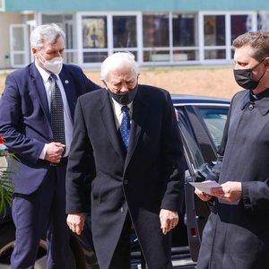 94-erių Adamkus pasirodė viešumoje: netekęs bičiulio neslėpė liūdesio