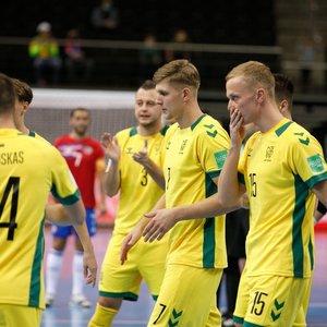 Išlikimo mūšyje kritę lietuviai baigė kovas pasaulio salės futbolo čempionate