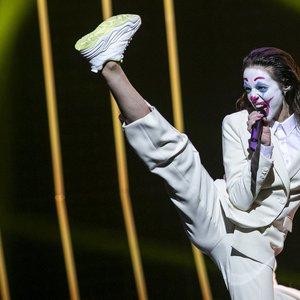 """""""Eurovizijos"""" finale pasirodanti KaYra ruošiasi nustebinti: į pagalbą pasikvietė žinomus atlikėjus"""