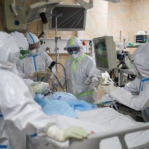 Plintantis koronavirusas Lietuvoje: 6 asmenų užsikrėtimo keliai neaiškūs, 2 įvežtiniai