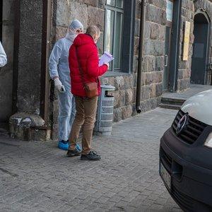 Kauno savivaldybė jau parsivežė šimtą gyventojų, ragina pranešti apie save telefonu