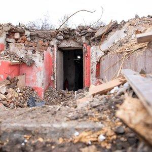 Po nugriautais Profsąjungų rūmais Vilniuje rastas bunkeris bus išsaugotas