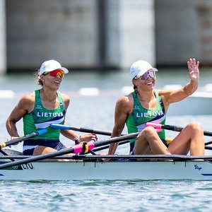 Vis dar be medalių: Milda Valčiukaitė ir Donata Karalienė finale liko ketvirtos