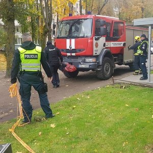 Kaune evakuotas daugiabutis – pranešta apie sprogmenį, įvestas planas skydas
