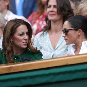 Middleton atsiprašymas, kurio Markle nepriėmė: tik gėlių tuo metu jau nebuvo gana