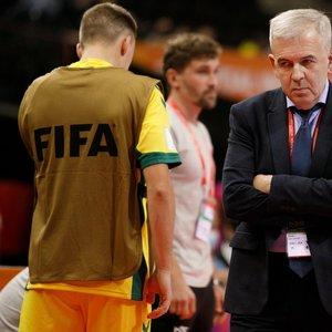 Futsal rinktinės treneris Jevgenijus Ryvkinas po nesėkmės paaiškino, kodėl rinktinę paliko vienas iš žaidėjų