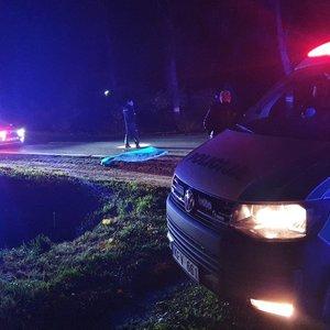 Aiškėja tragiškos avarijos Jonavos rajone detalės: 49-erių vyras partrenktas prie pat savo namų