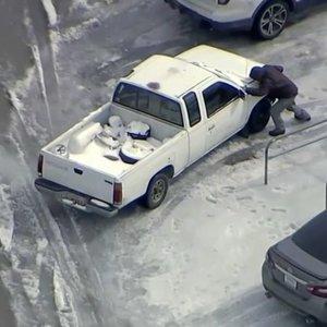 TV3 Žinios. Teksaso valstija išgyvena tikrą košmarą dėl šalčių