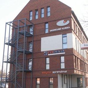 """""""Vaisingumo klinikos"""" tyrime suimtas tik finansų direktorius, Brazausko žentas paliktas laisvėje"""