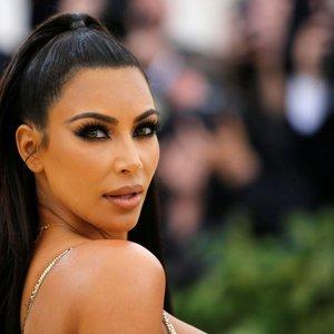 Mitais apie natūralų grožį apipinta Kim Kardashian išvaizda: pamatykite, kaip ji atrodė seniau