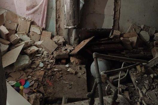 Galingas sprogimas suniokojo butą: viduje buvusi moteris pati išsikapstė iš nuolaužų krūvos (nuotr. TV3)