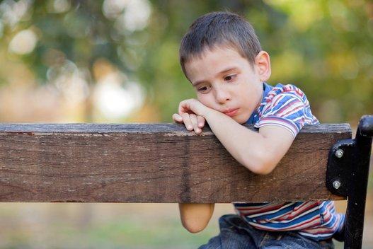 Nelaimingas vaikas (nuotr. Fotolia.com)