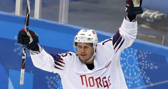 Norvegijos ledo ritulininkai nutraukė olimpinių žaidynių badą