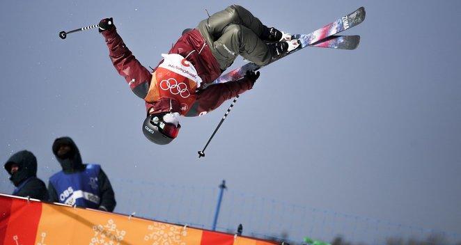 Akrobatinio slidinėjimo karalienė – 24 varžoves pranokusi kanadientė C. Sharp