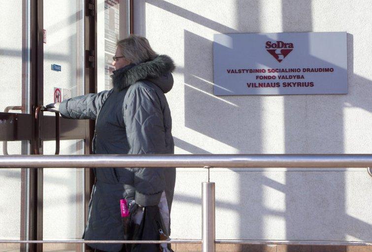 SODRA, pensijos,pinigai,Karoliniškės,išmokos (nuotr. Tv3.lt/Ruslano Kondratjevo)