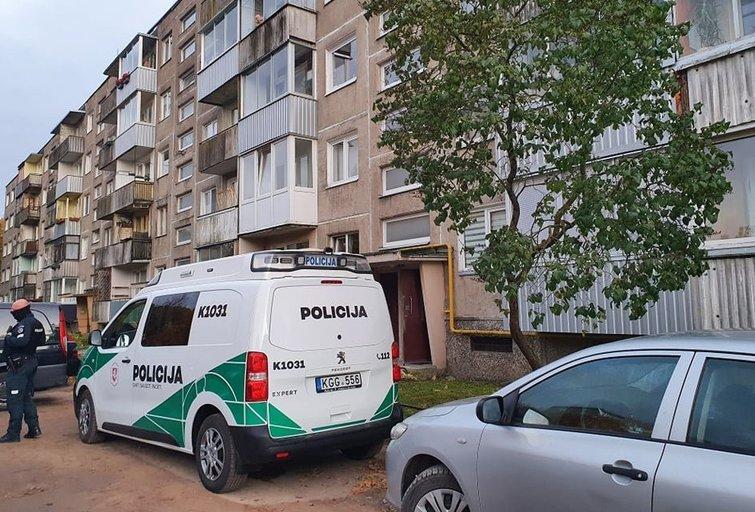Sujudimas Kaune – bute rasti 2 jaunų žmonių kūnai  (nuotr. tv3.lt)