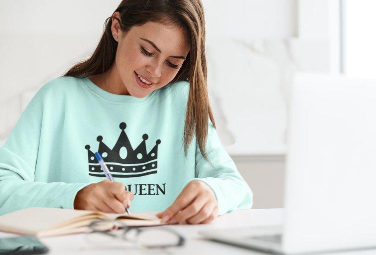 Kodėl įmonėms reikalingi originalūs džemperiai su užrašais?