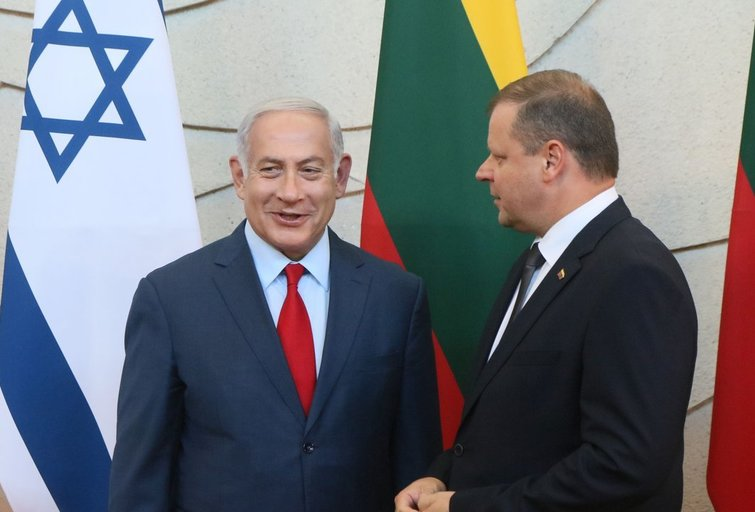 S. Skvernelis ir B. Netanyahu (nuotr. SCANPIX)