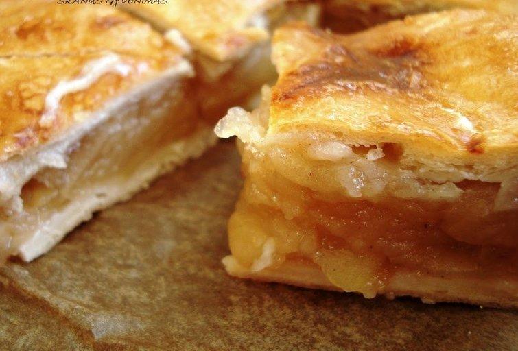 Obuolių pyragas (Nuotr. Skanus gyvenimas)