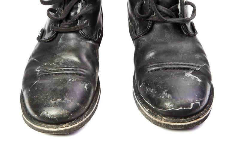 Purvini batai  (nuotr. 123rf.com)