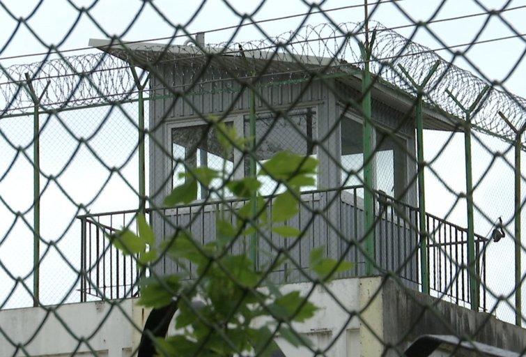 Laisvėje – kalėjimo bėgliai: naktį paspruko du Pravieniškių pataisos namų gyventojai  (nuotr. stop kadras)