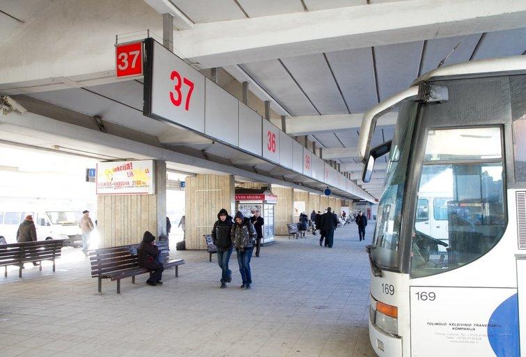 Autobusų stotis, autobusas (nuotr. Tv3.lt/Ruslano Kondratjevo)