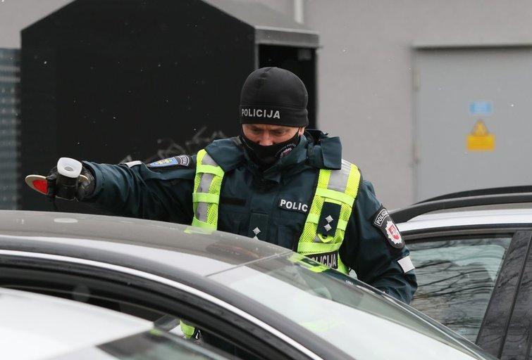 Policija sulaikė girtą vairuotoją (nuotr. Broniaus Jablonsko)