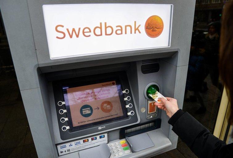 Swedbank susiginčijo su klientu dėl palūkanų (nuotr. Fotodiena/Justino Auškelio)
