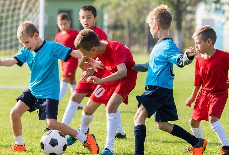 Vaikų futbolas (nuotr. Shutterstock.com)