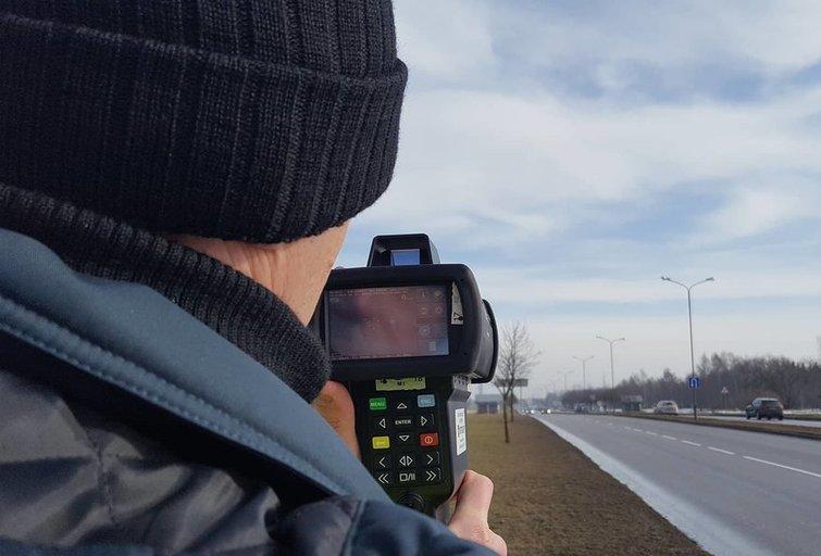 Šiaulių policija pradeda naudoti naują greičio matuoklį (nuotr. Policijos)