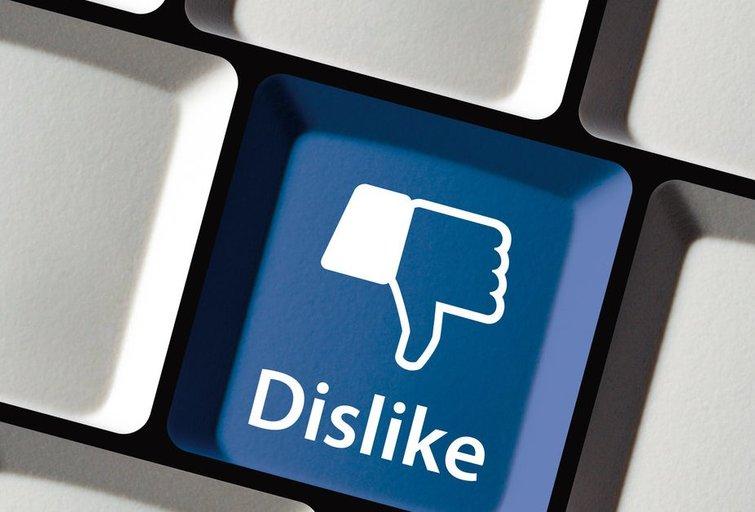 """Pagaliau: feisbukas išbando """"dislike"""" mygtuką (nuotr. Fotolia.com)"""