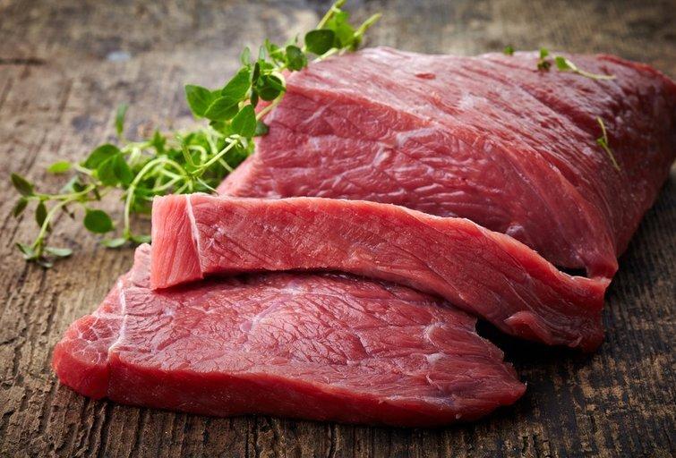 Dirbtinė mėsa vis populiaresnė visame pasaulyje (nuotr. Shutterstock.com)