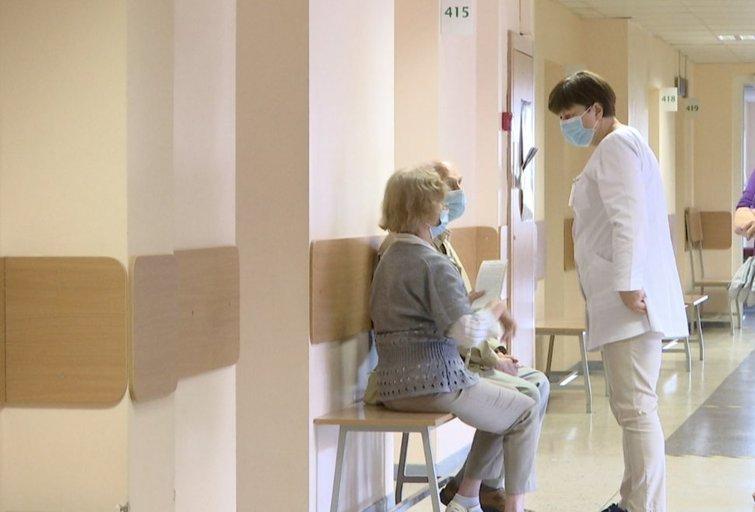 Liūdna pandeminė realybė: trečdaliui suprastėjo sveikatos būklė, beveik kas antras laiku nepateko pas gydytojus(nuotr. stop kadras)