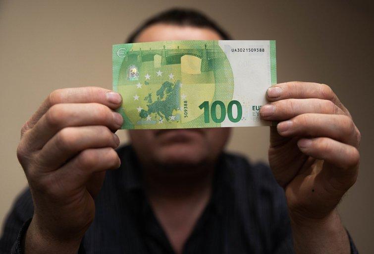 NPD padidinus iki 450 eurų, mažiausiai uždirbantiems papildomai tektų 120 eurų per metus (nuotr. Fotodiena/Justino Auškelio)