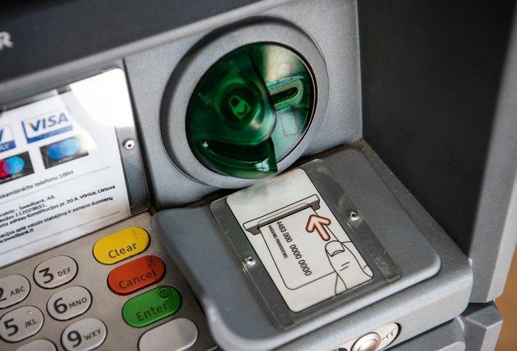 Bankomatas  Fotodiena/Arnas Strumila