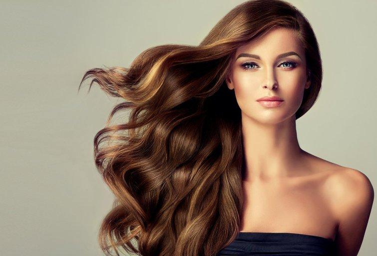 Ilgi plaukai (nuotr. Fotolia.com)