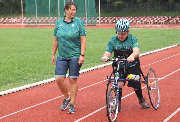 Bėgiojimas su triračiu gali pakeisti negalią turinčio žmogaus gyvenimą. (nuotr. asm. archyvo)