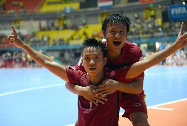 Vietnamo salės futbolininkai  Lietuvoje tikisi pakartoti penkerių metų sėkmę.  (nuotr. LFF.lt)