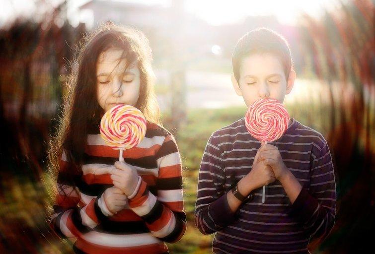Fotografė Alina Ovčiarovienė fiksuoja savo vaikų Granto ir Amelijos kasdienybę ir šventes. Alinos Ovčiarovienės nuotr.